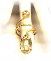 TONIA MAKRI Ring With Green  Amethyst